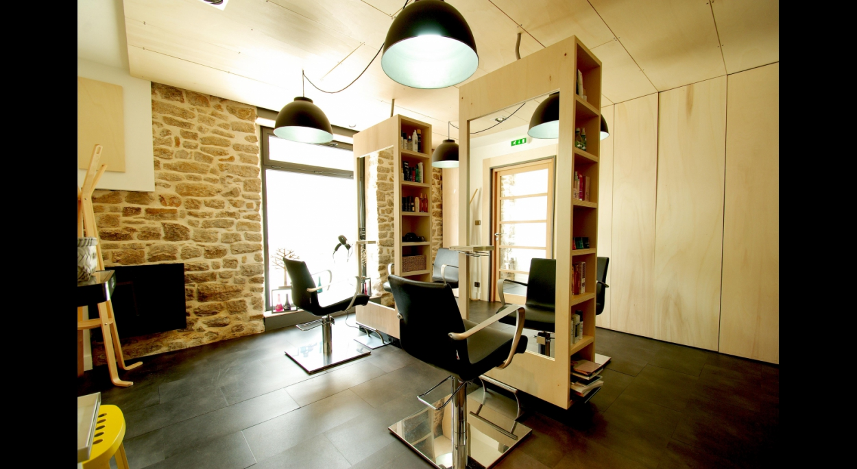 Salon de coiffure à Plougoumelen