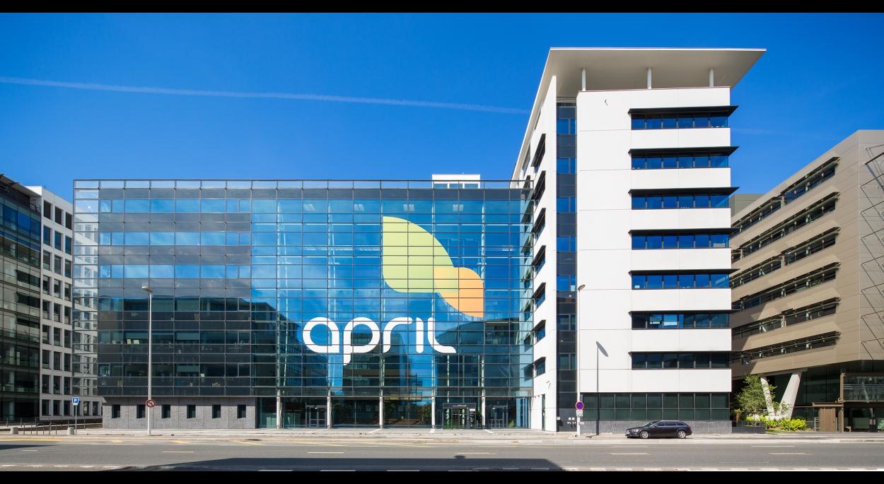 Siège April Assurances Lyon - façade côté boulevard / Archigroup architecte