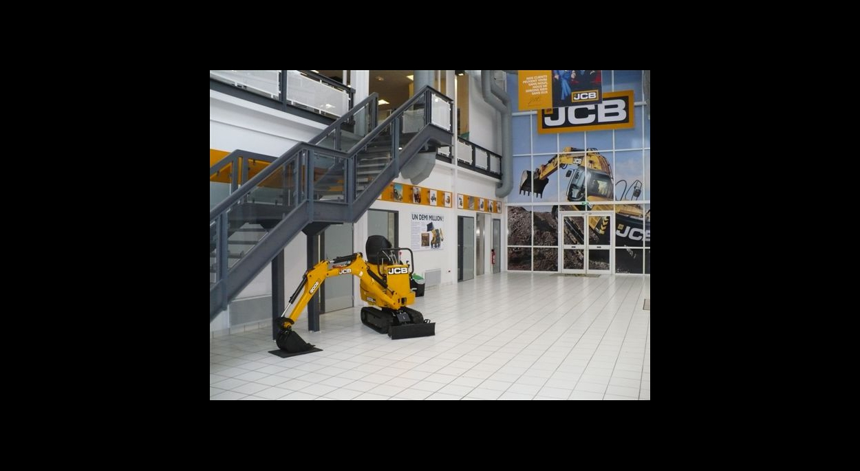 Hall du centre de formation JCB