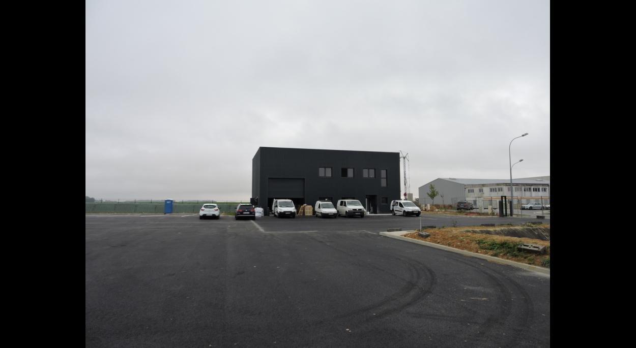 Construction de locaux administratifs d'une société de transports à LIMOGES-FOURCHES