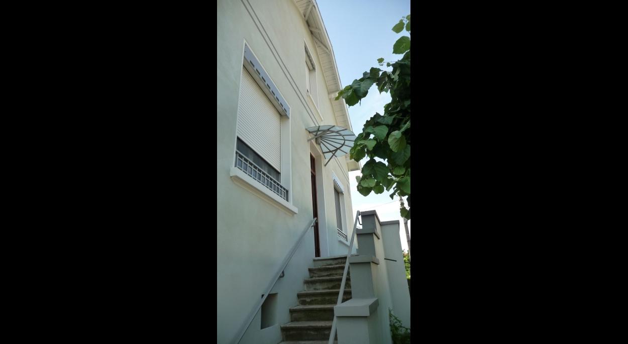 MOOVIS Architecte - Le porche et sa nouvelle marquise