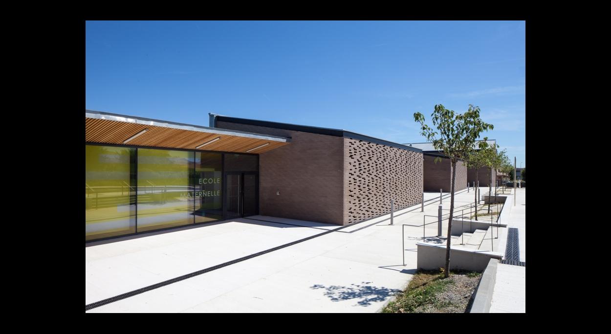 Groupe scolaire Aussonne. Photographie Frédérique Félix-Faure.