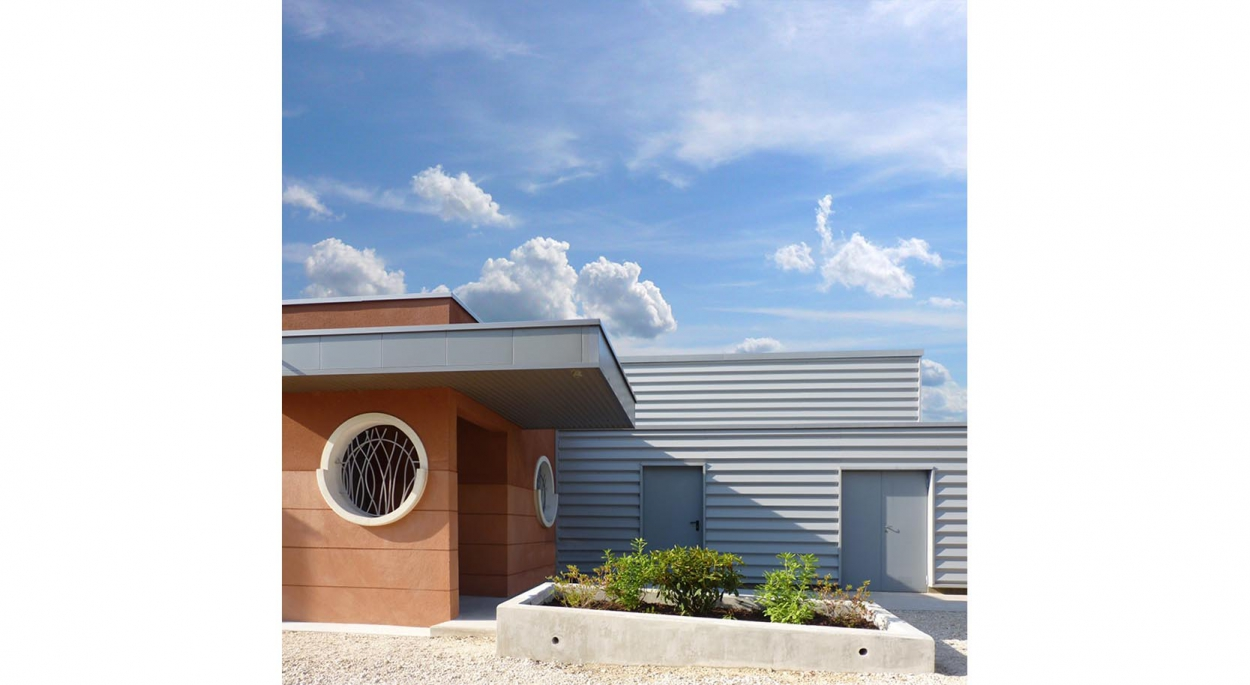 HUMEZ ARCHITECTURE – Damien-Olivier HUMEZ – architecte DPLG en Vendée(85): CLUB DE PLONGÉE DE JOIGNY 02