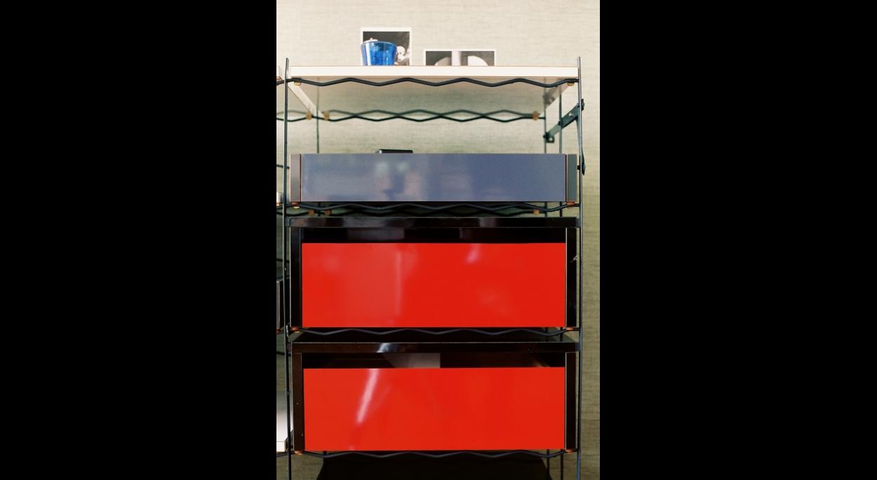 Meuble à tiroirs et étagères 1993 - Métal et stratifié
