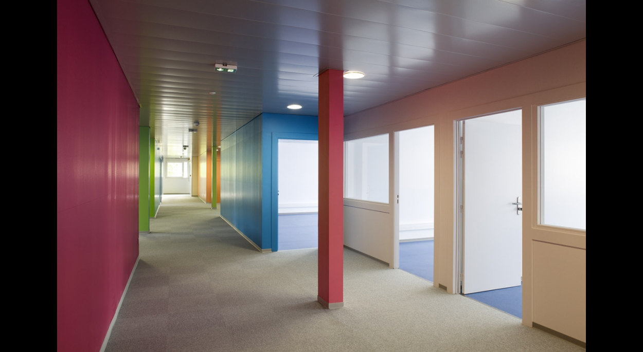 Un bureau, une couleur