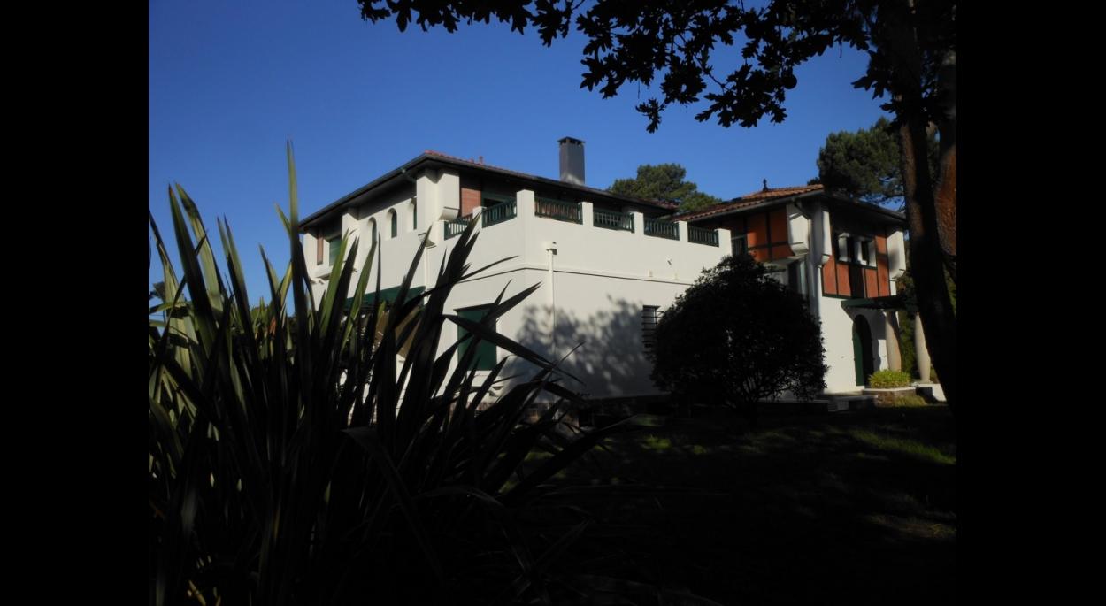 Maison surélévée (même angle de vue que la photo état antérieur)