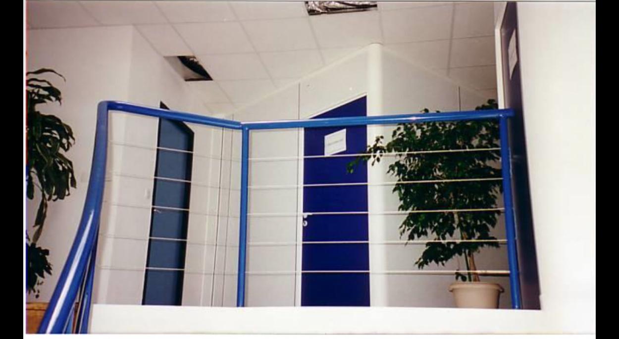 la couleur bleu reste le fil conducteur dans la décoration