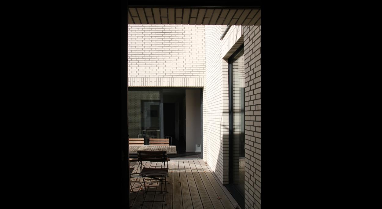 patio, brique blanche, terrasse bois
