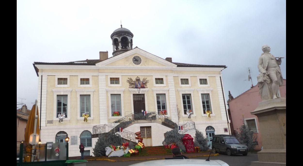Tournus Hôtel de Ville