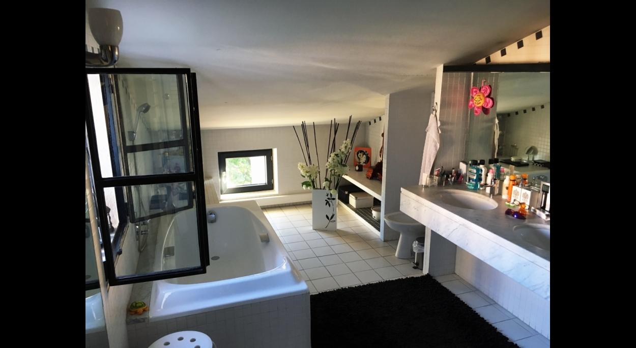 Salle de bain, sous combles