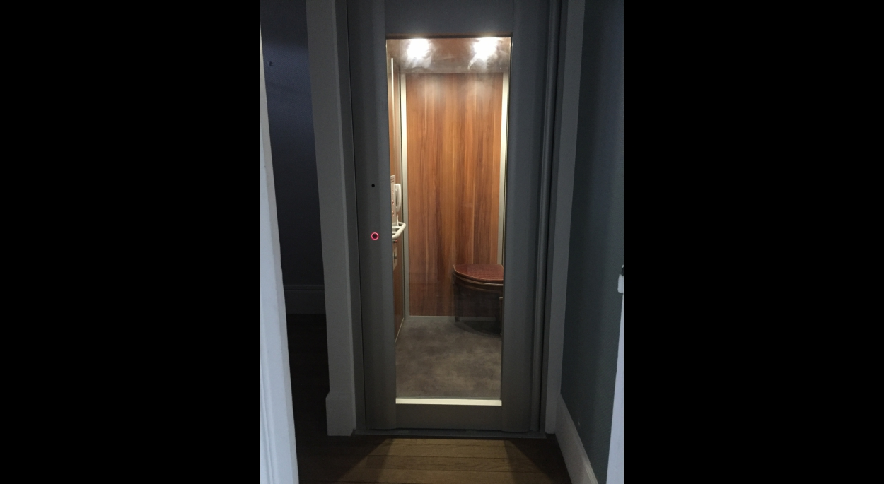 Ascenseur en état de marche