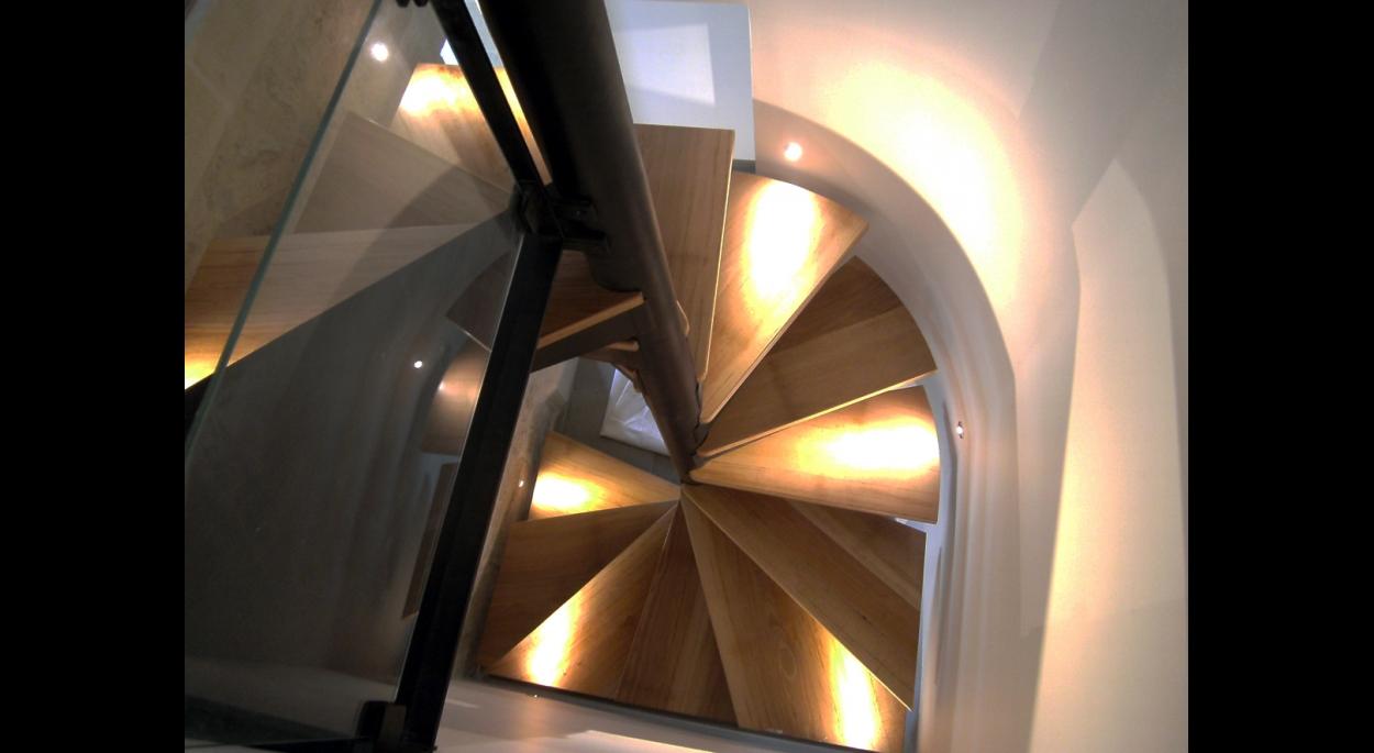 Escalier d'accès à la suite parentale