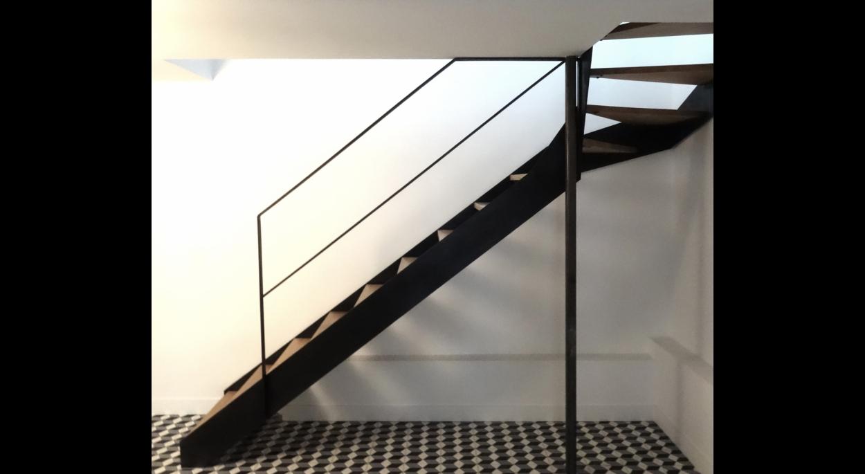 Nouvel escalier intérieur.
