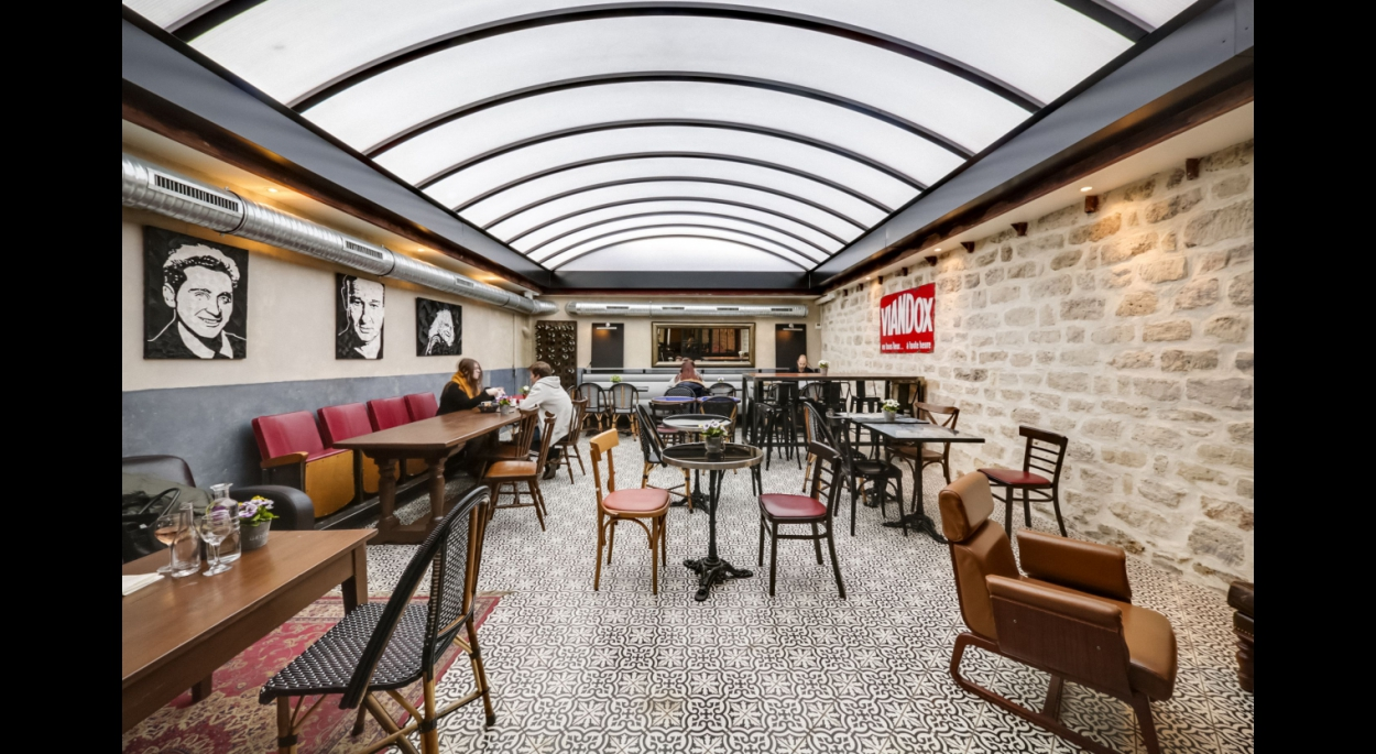 Architecte La Varenne St Hilaire le café de paris | 10h10 architecture & urbanisme