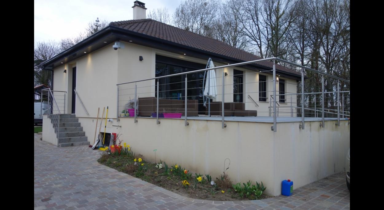 Terrasse directement accessible depuis l'open space
