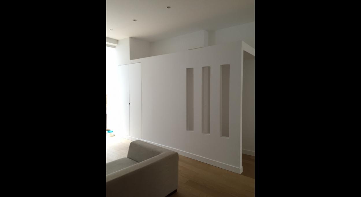Nouvelle entrée, sas et toilettes , lumière naturelle