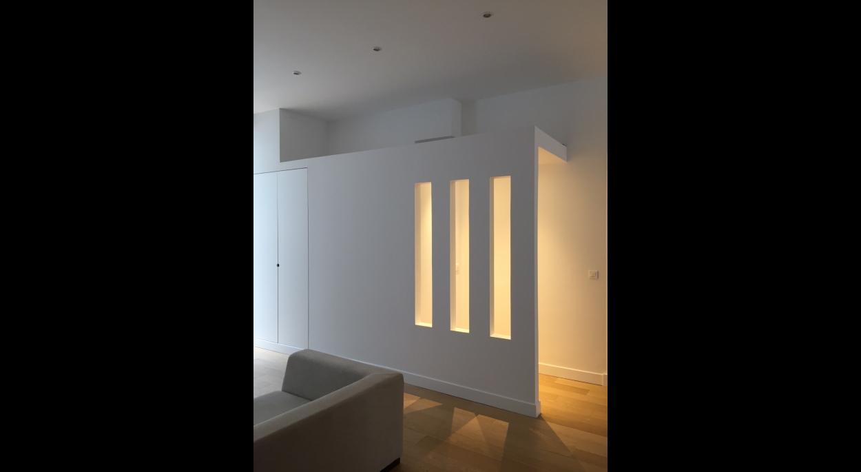 Nouvelle entrée, sas et toilettes , lumière intérieure