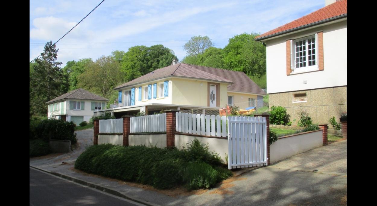 Projet Soyer à Longueville-sur-Scie (76590). Vue depuis la voie publique