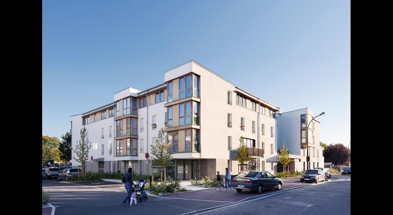 LOGEMENTS H&E/BBC rue Pajol à NOISY LE GRAND : façades nord/est rue Pajol