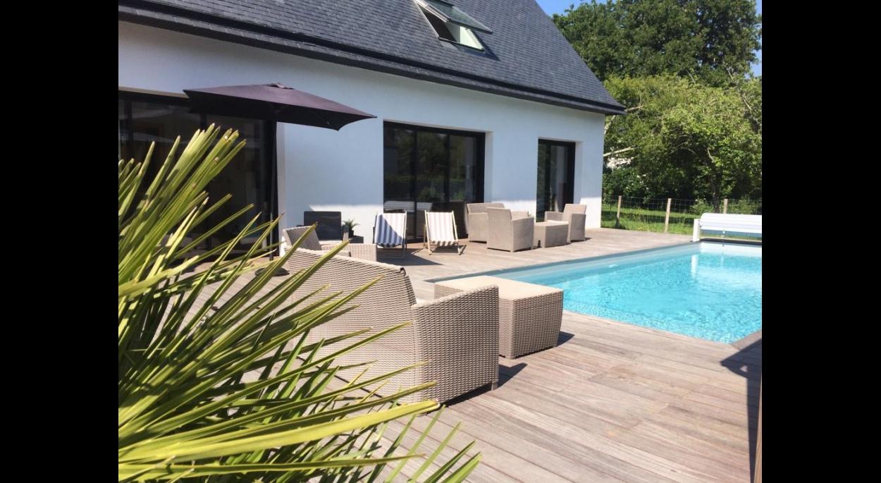 maison d'architecte avec piscine à la trinité sur mer
