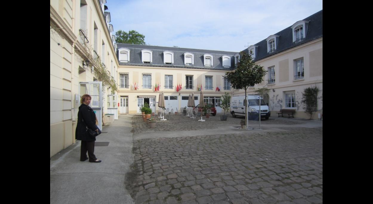 Cour intérieur Château du Val_ existant