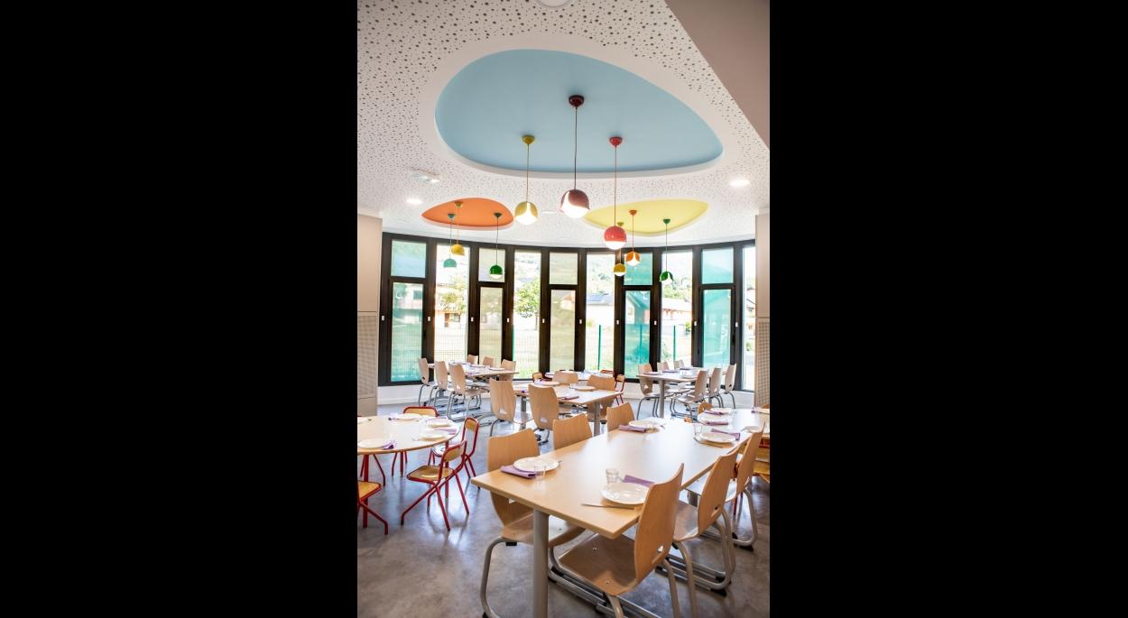 on-architectes, Restaurant scolaire à Cruet (73)