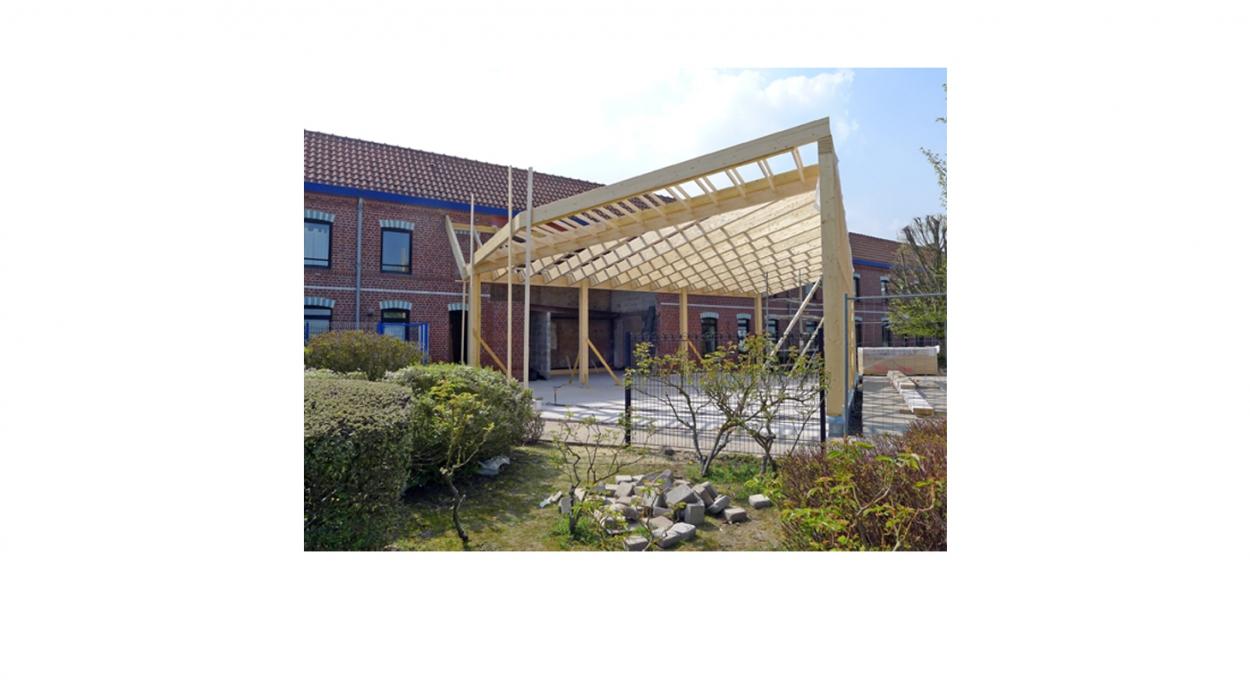 Construction d'un show-room /accueil - Ossature bois - bardage zinc