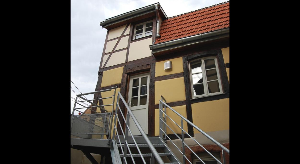 Rénovation d'un immeuble en 2 appartements. BOUXWILLER. 2008-2012
