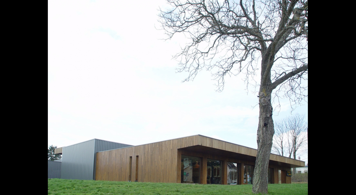 Hall d'exposition et stock de l'entreprise Parquet Service - DIDENHEIM (68)