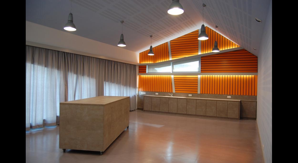 Construction du foyer des élèves - LPP Ste Thérèse. OERMINGEN; 2009-2010