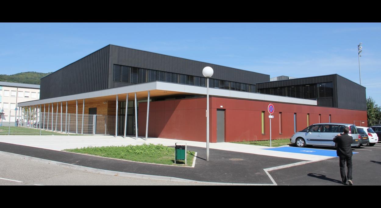 Construction du nouveau gymnase au Collège
