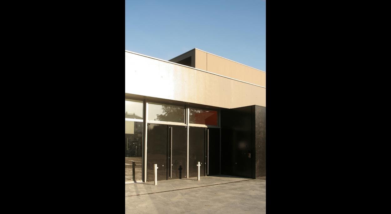 saint brieuc salle de musiques nouvelles gilbert qu r christophe jouan architectes ordre. Black Bedroom Furniture Sets. Home Design Ideas