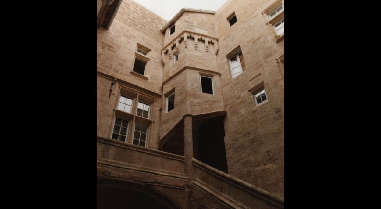 Pézenas - Hôtel de Nizas - Immeuble classé MH - Restauration et restructuration (Logements)