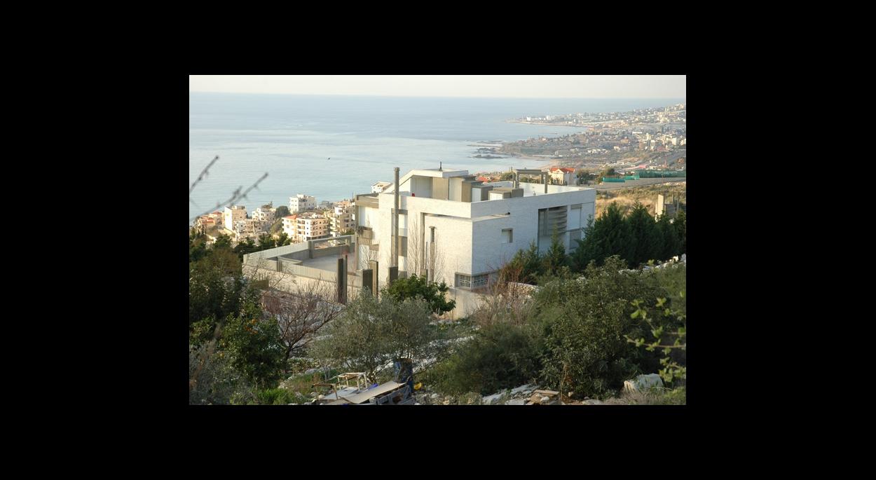 villa ghassan saliba byblos liban charbel abboud architecte usek annonay ard che. Black Bedroom Furniture Sets. Home Design Ideas