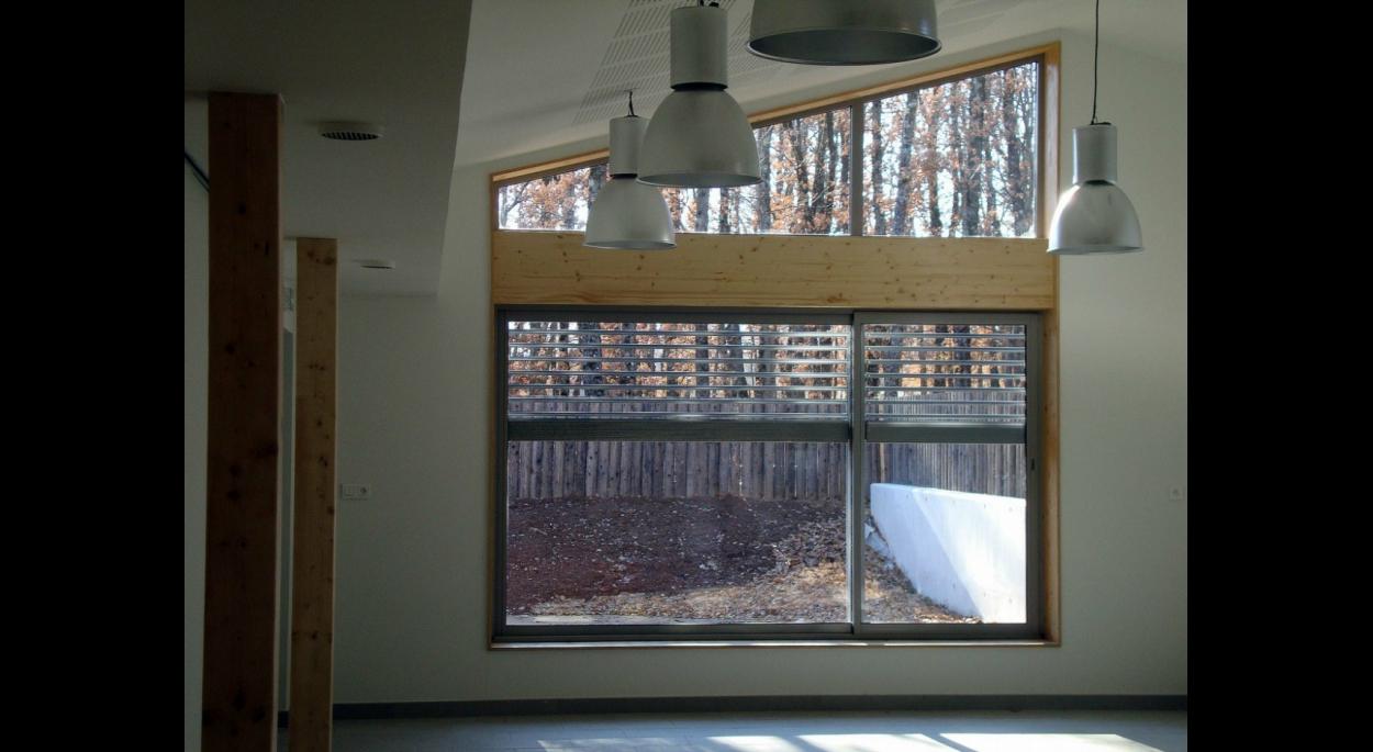 interieur extension d'école cantine et garderie périscolaire mison benoit sejourne architecte