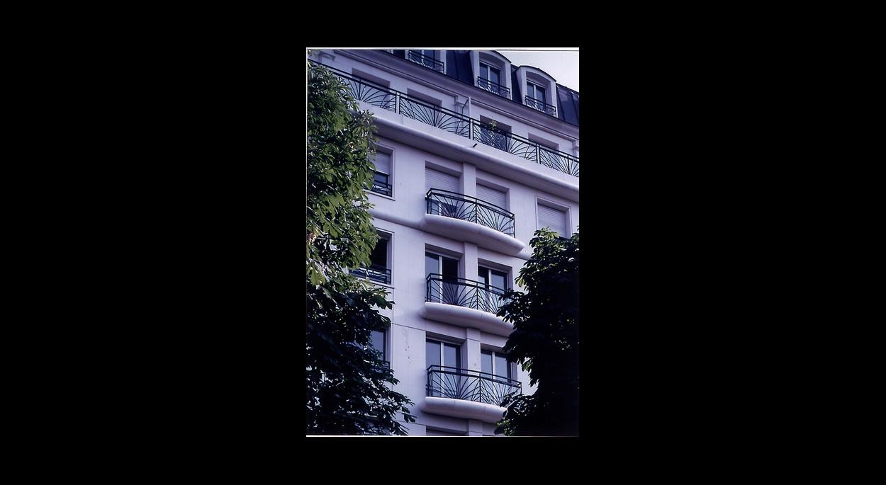 Paris Trône