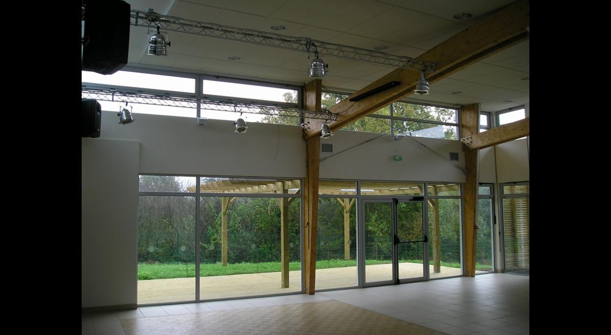 La qualité de l'éclairage naturel en toutes saisons est un des facteurs d'économie d'énergie dans le fonctionnement de ce bâtiment.