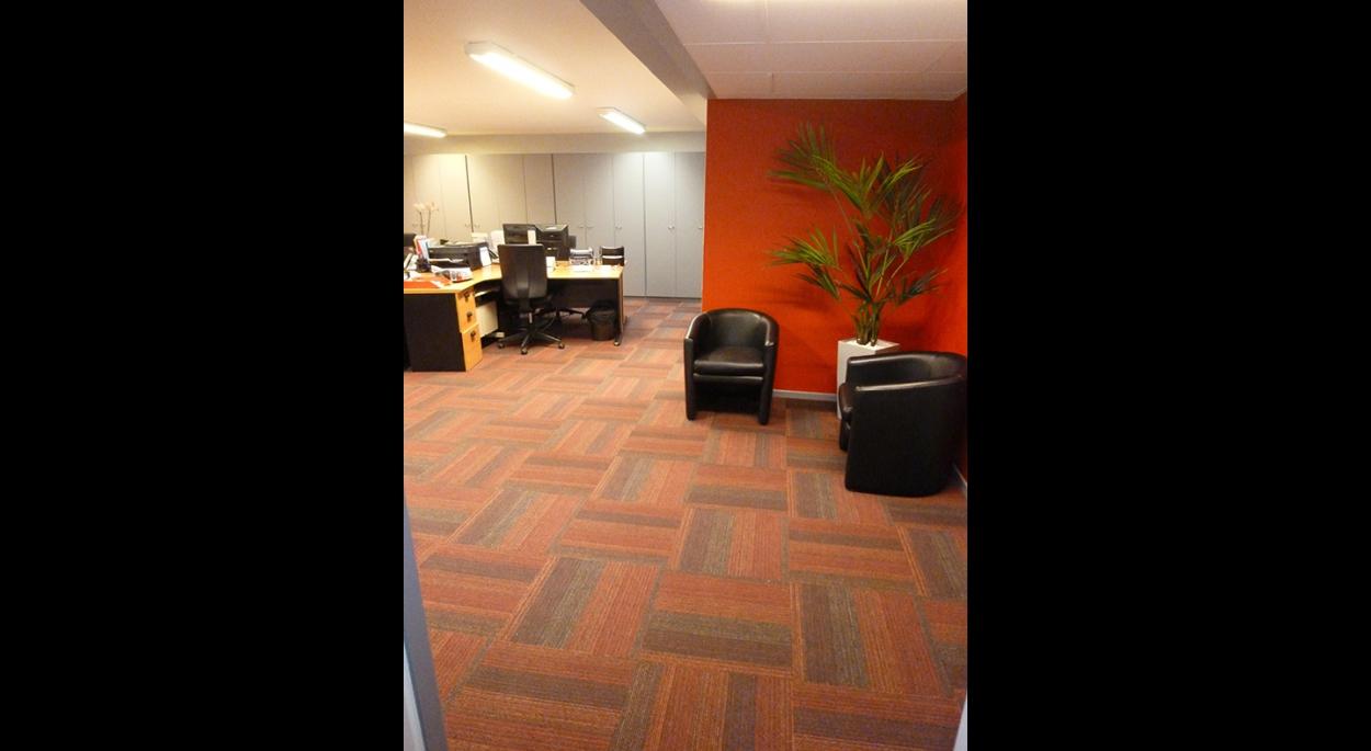 bureaux d 39 accueil de revigestion villeneuve d 39 ascq agence jacques lenain architecte lille. Black Bedroom Furniture Sets. Home Design Ideas
