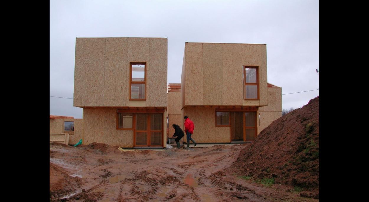 extérieur du gite, terrain, construction matériaux, ouverture