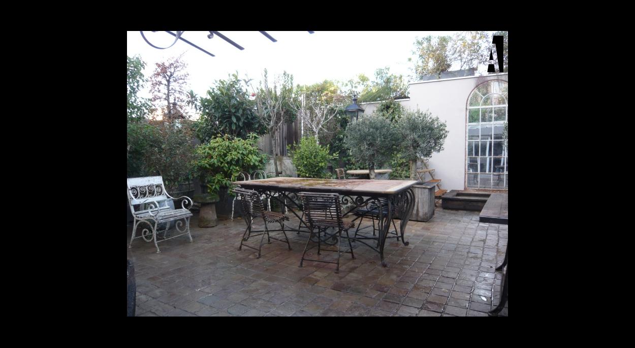 aménagement paysagé d'une terrasse parisienne