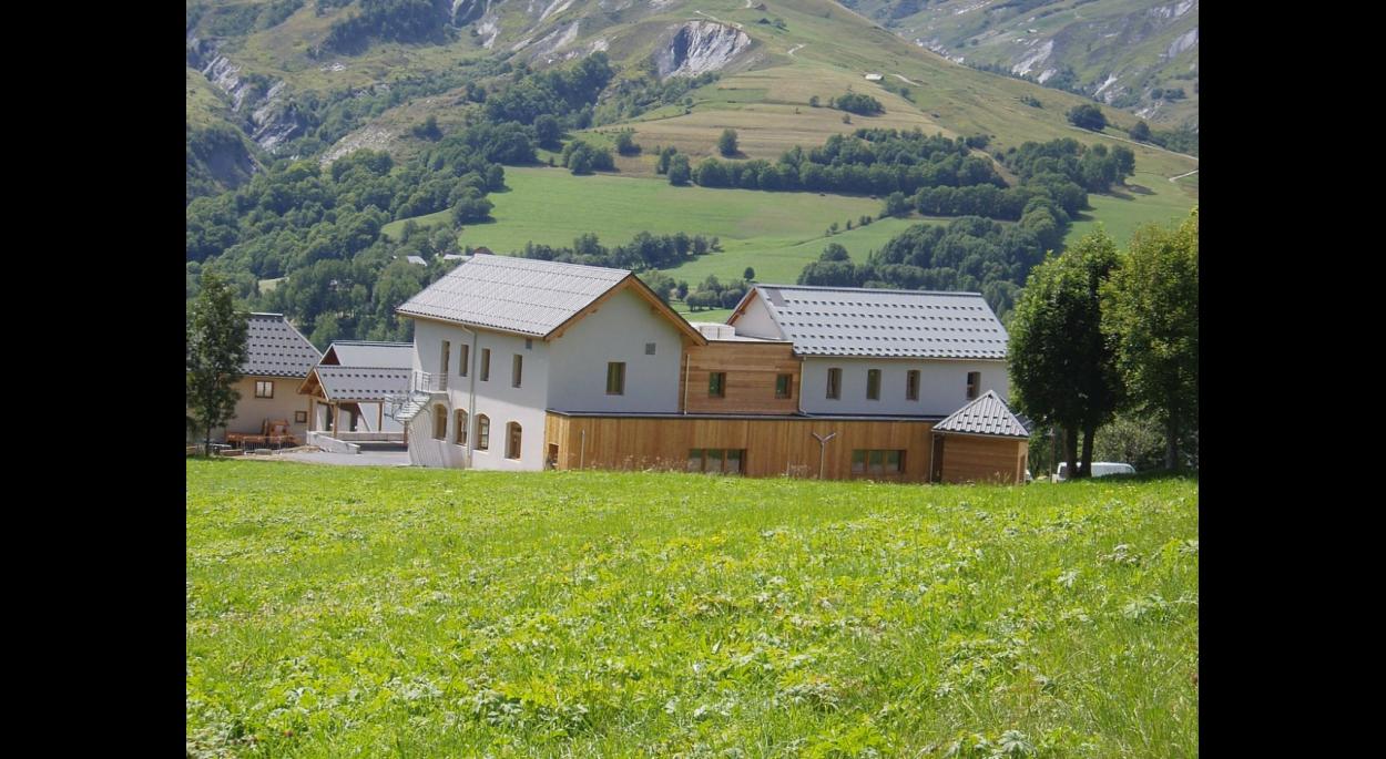 école  et bibliothèque à saint jean d'arves -  maurienne savoie