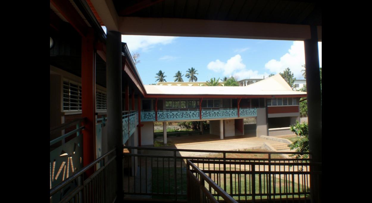 vue depuis l'école existante