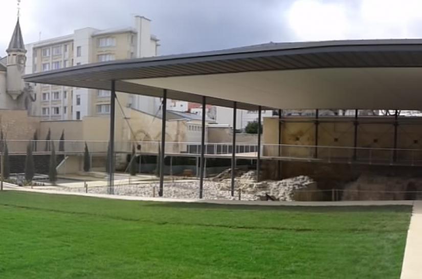 vue du jardin archéologique