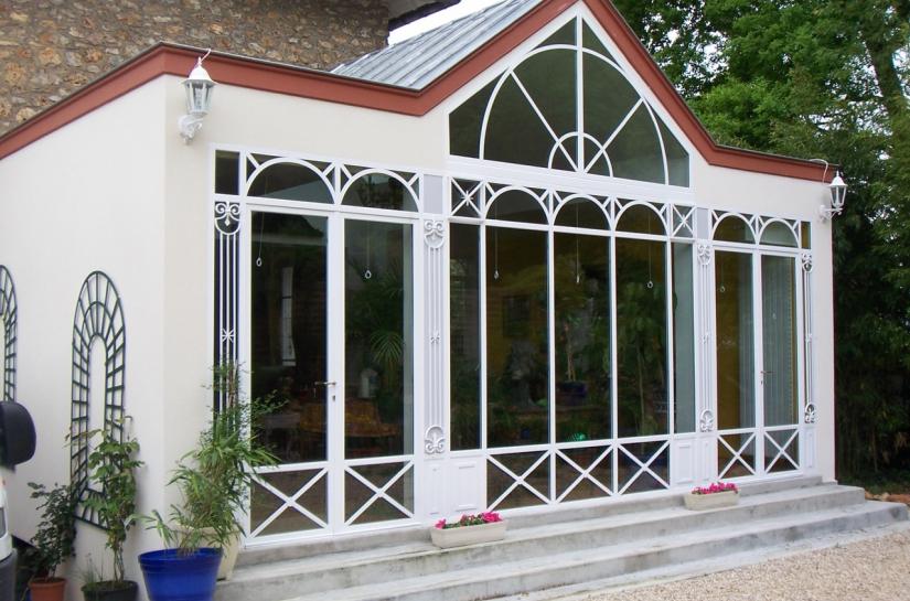 Extension de maison individuelle - verrière en acier