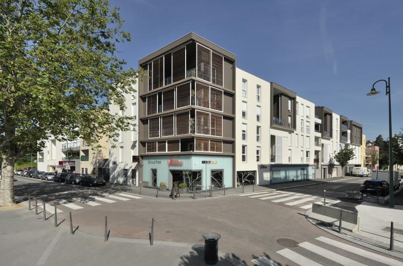 Tassin - 102 logements collectifs & 3 commerces - Photo Semaphore - XXL Atelier