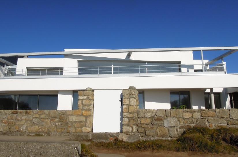 Villa en bord de mer Ploemeur Lorient bretagne sud Christophe LE MOING architecte