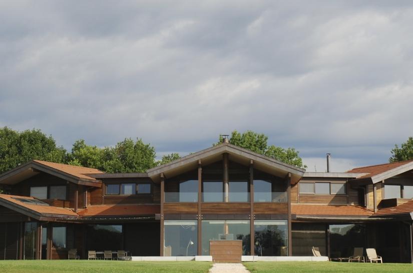 Maison bois en dombes - http://www.archi-tec.com/habiter.php?id_projet=42