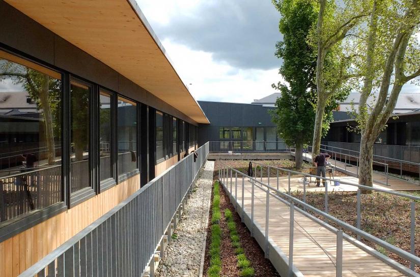 maître d'ouvrage : maison de retraite de Thiéblemont - surface : 3 180 m2 - coût des travaux : 5 430 671 € HT