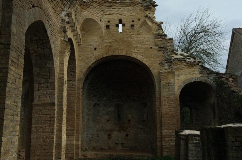 Restauration d'une ruine monument historique