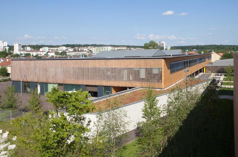 maître d'ouvrage : Conseil Général de la Haute-Marne - surface : 9 834 m2 - coût des travaux : 15 760 000 € HT